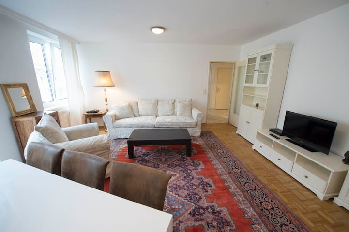 Apartment - cosy & very well located
