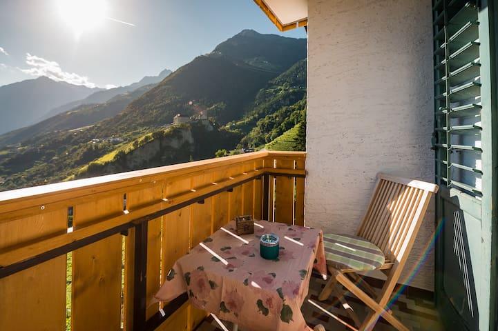 Dorf Tirol的民宿