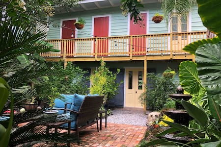 Treme Guesthouse Just a Half-Block to the Quarter