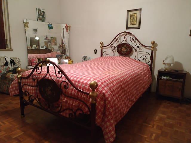 Forlì的民宿