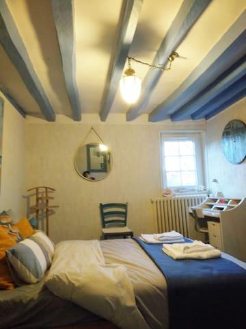 """Chambre privée""""Côté mer"""" dans une maison de charme"""