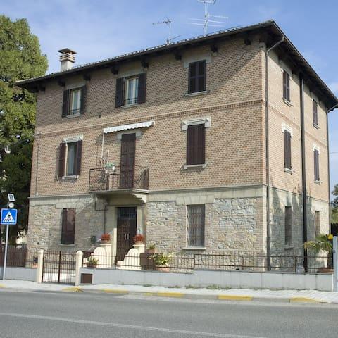 Castell'Arquato的民宿
