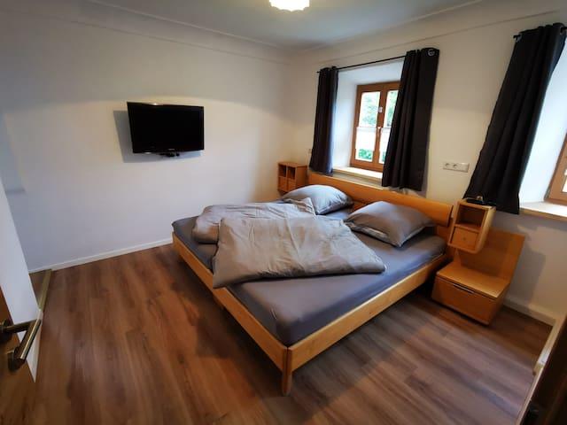 Tuntenhausen的民宿