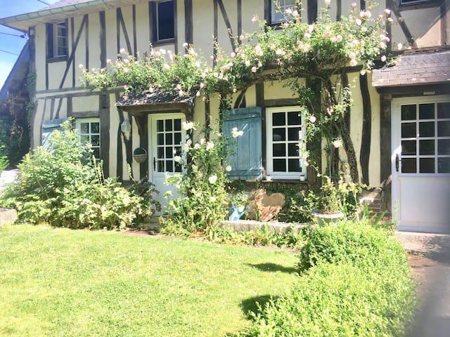 Saint-Ouen-de-Thouberville的民宿
