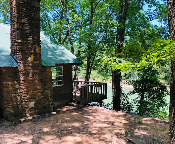 Mulberry River Lodge w/ Optional Jeep Rental