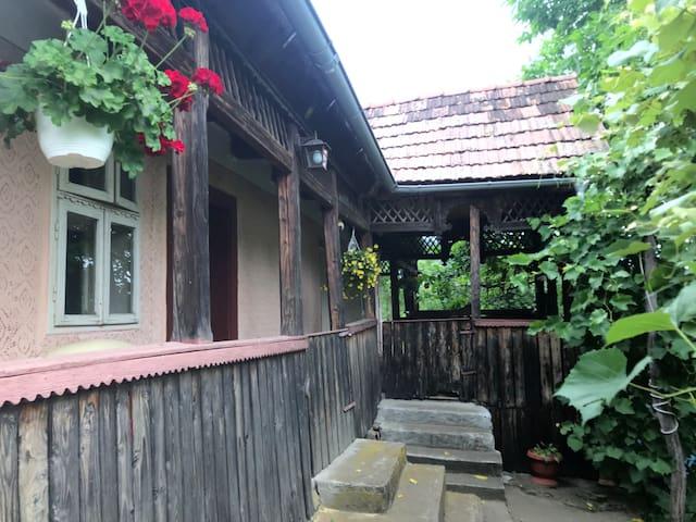 Comuna Bala的民宿