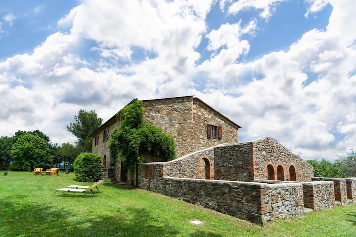 Montegabbione的民宿