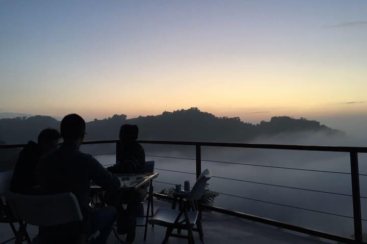 歐森 View ‧ 包棟民宿 ‧ Homestay ‧ 東勢雲海 ‧ 露營Mix ‧ 獨立空間 ‧