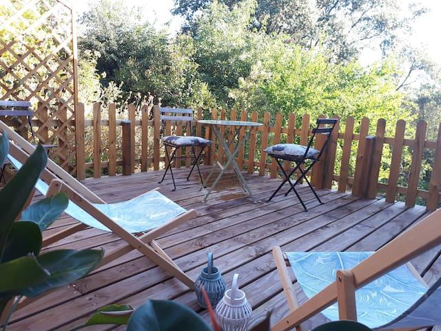 Gîte de charme avec piscine et jardin privatifs
