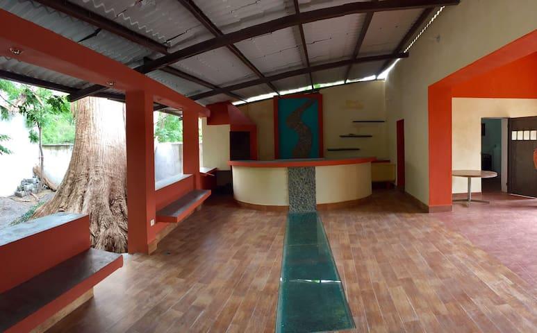 Sabinas Hidalgo的民宿
