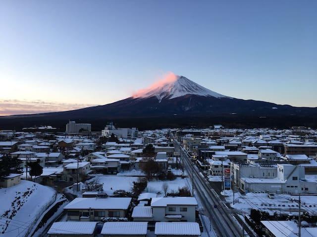 富士河口湖町的民宿