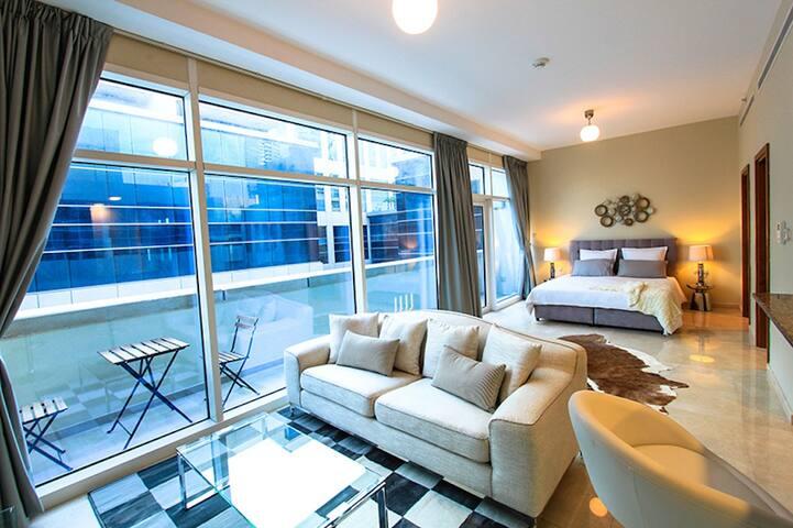Studio at Bay Square, Business Bay Near Dubai Mall