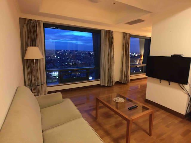 Seeing Taichung 高端大氣高樓夜景,近勤美綠園道、逢甲夜市