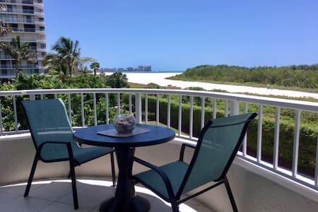 Tropical Beachfront 2/2 Condo w/ Wide Beach Views
