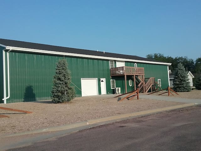 Green Cedar Lodging