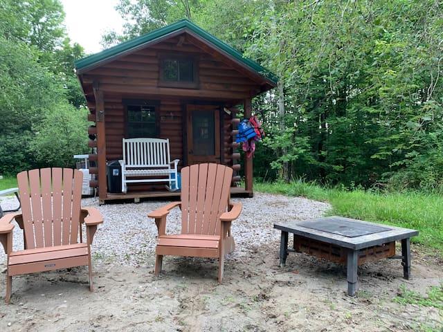 Grand River Tiny House/Lake Cabin
