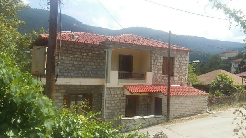 Mouzilo的民宿