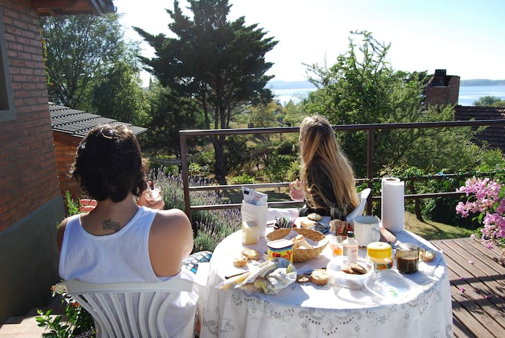 Villa in Cordoba's mountain range w/ lake views