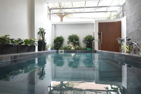 Lovely pool Villa 4 Bedrooms* 5'walktoMyKheBeach.