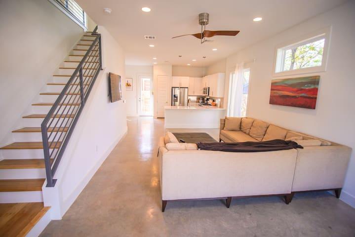 Modern Home Blocks from Rainey -- Fantastic Value!
