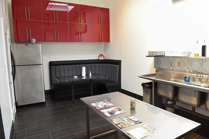 ✍ Luxury Studio in the Old Plumbers Union