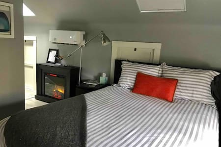 Private Guesthouse, Ghent/Downtown  near ODU, EVMS