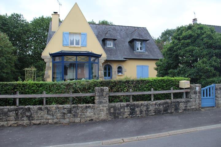 Châteaugiron的民宿