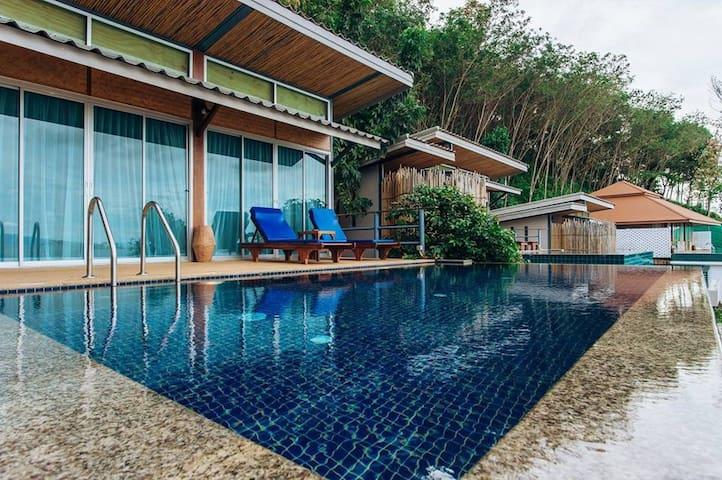 Tha Khao的民宿