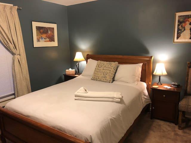 Osprey Room @ The Salida Hostel