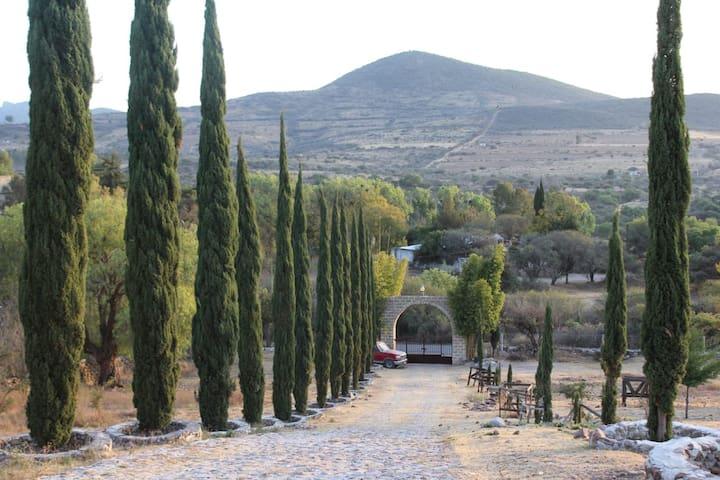 Rancho el zorro Huimilpan QRO. Excelente cabaña