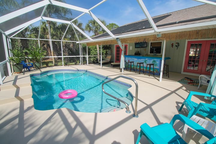 3/3 with Private Heated Pool, Pet Friendly