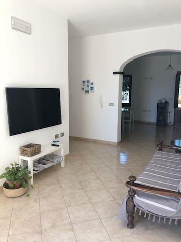 Riola Sardo的民宿