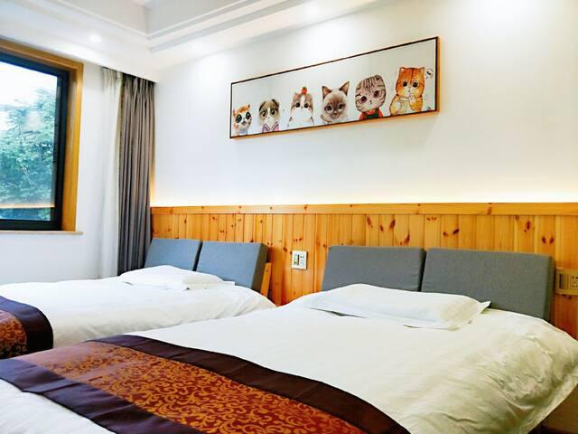 平阳居公寓406房间,位于中国最美县城桐庐