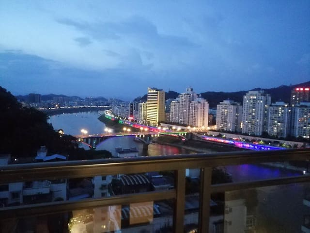 Wuzhou的民宿