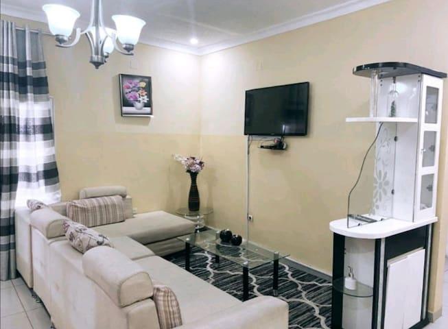 Kinshasa: appartement en résidence (N°10)