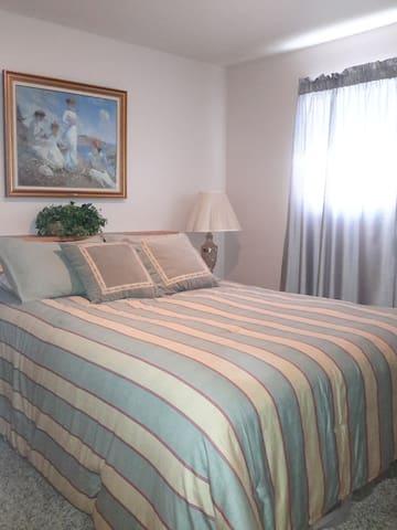 1 Bedroom in Clairemont
