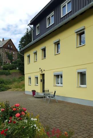 Breitenbrunn/Erzgebirge的民宿