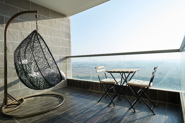 Comfortable place and a BEAUTIFUL view