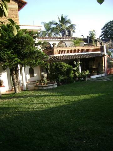 Cuautla的民宿
