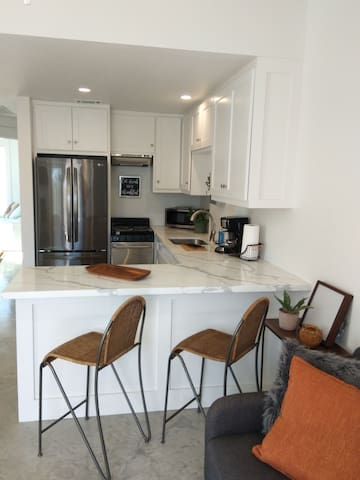Beautiful/New in the middle of San Marcos!