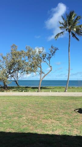 Grasstree Beach的民宿