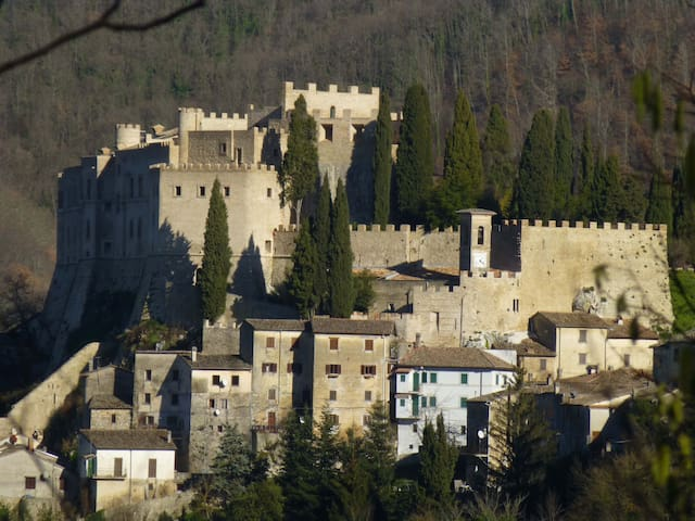 Rocca Sinibalda的民宿
