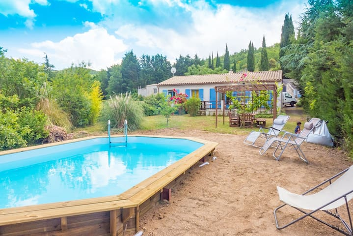 Quiet house in Corbieres private pool