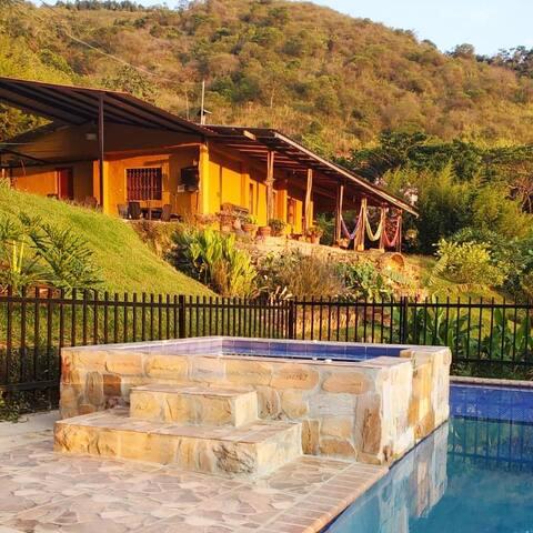 Vereda Villa María的民宿