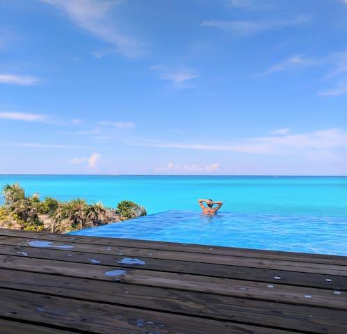 Sea Escape - Luxury Vacation Home