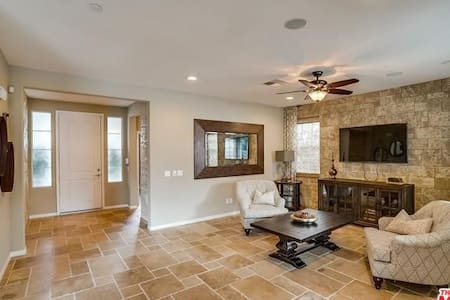 Newer home near Ontario airport, ex Model home