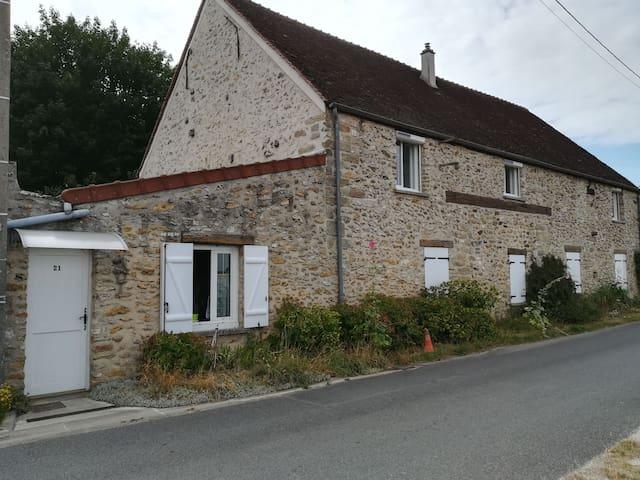 Soignolles-en-Brie的民宿