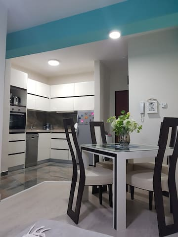 New & Modern Apartment in City Centre