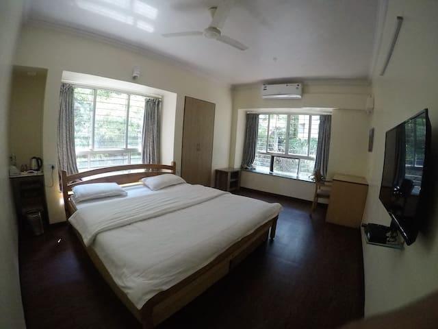 AC Studio apartment in Koregaon Park.