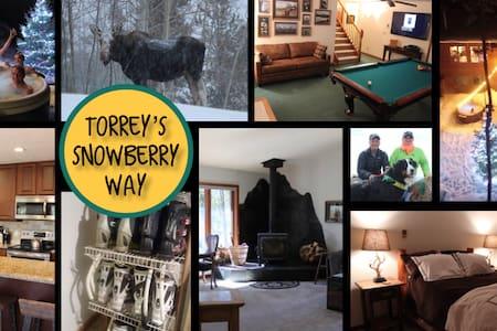 Snowberry Way- Summer in Mountains, Torrey's 1bd
